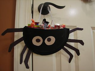 Tutoriales con platos de papel para Halloween.