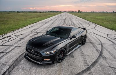 2016 Hennessey - Ford Mustang HPE800 25th Anniversary Edition