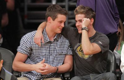Zac Efron & Dylan: Lakers y Plan B