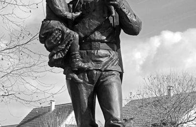 Journal du petit-fils d'un soldat du corps expéditionnaire russe en 1916: Simon Rikatcheff-46-Centenaire de la libération de Courcy