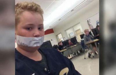 EE.UU.: una maestra tapaba la boca de sus alumnos con cinta adhesiva porque hablaban mucho