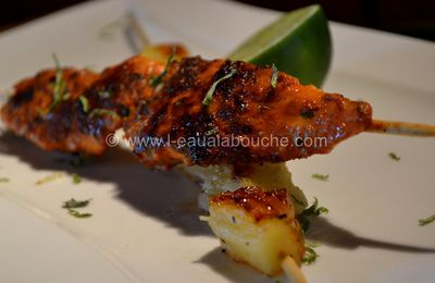 Brochettes de Dinde au Curry Rouge et Ananas