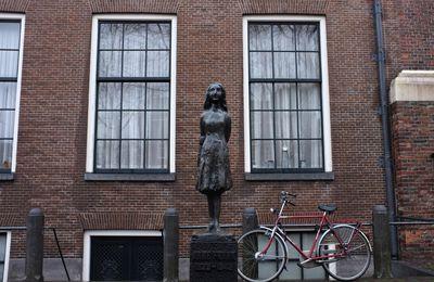 Anne Frank, une réfugiée syrienne ? L'appropriation de l'enfant de la Shoah fait débat en Hollande