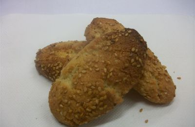 CROQUANTS AUX AMANDES ORANGE ET SESAME