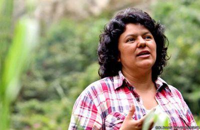 Qui a tué Berta Caceres?