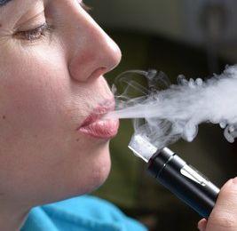 Adolescents : du vapotage au tabagisme…