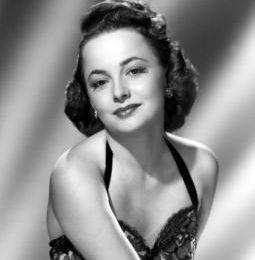 Olivia de Havilland fête ses 100 ans .