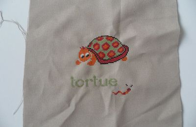 Mouton Rouge, Tortue et Chat