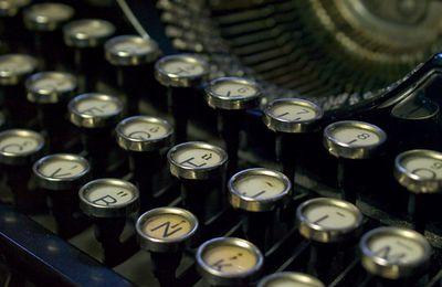 ¿Quién inventó la máquina de escribir y cuándo?