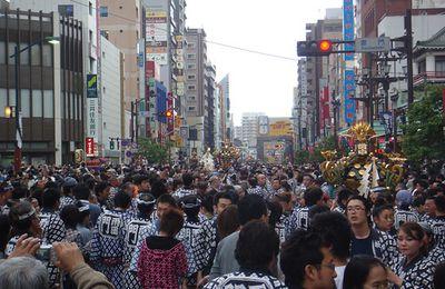 三社祭 Sanja matsuri en 50 photos