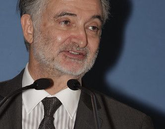 Attali, entre novlangue, contradictions et mensonges