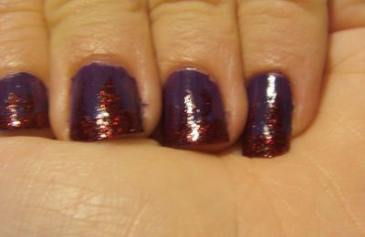 China Glaze : Grape pop en flamme
