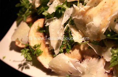 Carpaccio de Champignons au Cerfeuil Roquette et Parmesan