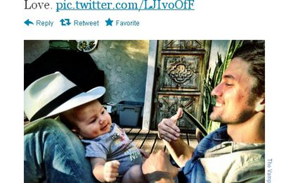 New pic of Jackson et Monroe Rathbone !