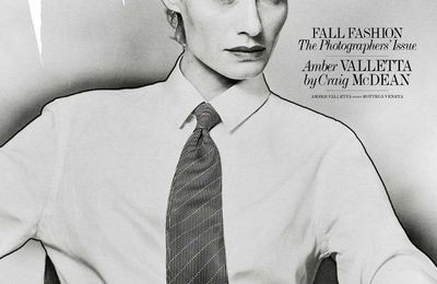 Amber Valletta: DNA -> IMG NY, Models 1 -> IMG London and now also @ IMG Milan