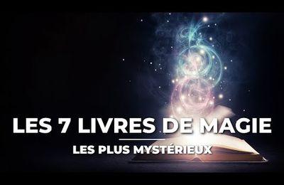LES 10 LIVRES DE MAGIE LES PLUS MYSTÉRIEUX