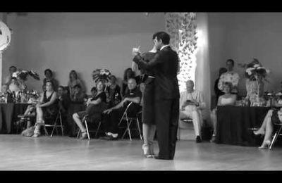 """Le tango """"al piso"""" que nous enseignons"""