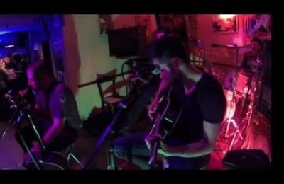 Le groupe In Bloom en live unplugged