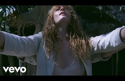 Florence + The Machine: How Big How Blue How Beautiful
