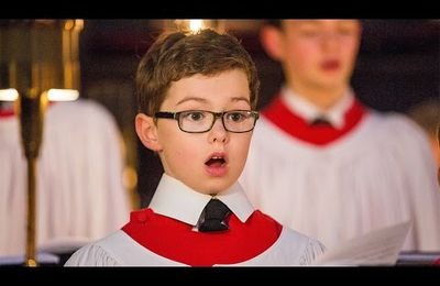 Allegri's Miserere Mei  chanté par le fameux * King's College Choir*, et + encore