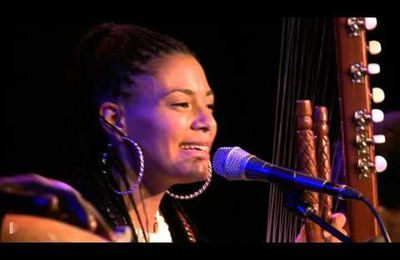 Sona Jobarteh & Band - Kora Music from West Africa