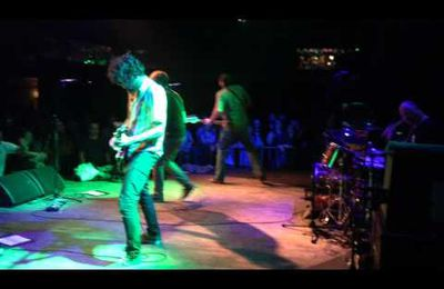 Mudhoney : Touch Me I'm Sick en live à Prague le 13/05/2015