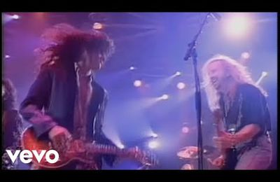 "Videoclip: ""Crazy"", Aerosmith"
