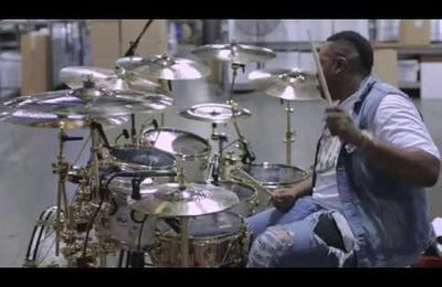 Missy Elliot Drumming