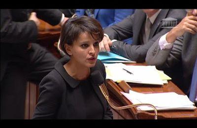 L'affaire Charlie Hebdo suscite « de trop nombreux questionnements » de la part des élèves qui sont « insupportables », selon Najat Vallaud-Belkacem (Regards)