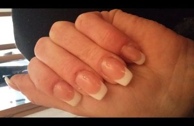 Tuto : pose gel uv sur ongle rongé, french + cover