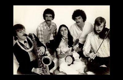 Jazz Me Blues goes Klezmer: Yoshke, Yoshke