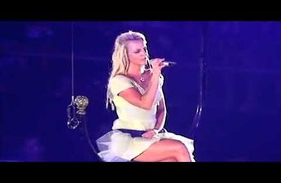 Britney Spears - Everytime (live)