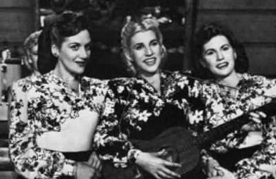 Little Toot, Rum and Coca-Cola,  Boogie Woogie Bougle Boy (The Andrews Sisters)