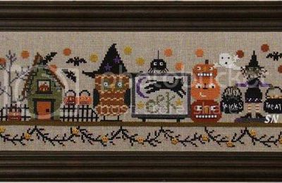 Spooky halloween mantle (house of jacks)