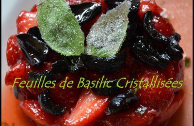 Comment cristalliser des feuilles de basilic (menthe...) avec du sucre pour une belle déco?