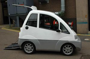 Quovis - city car for wheelchair users