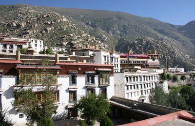 le monastère de Drepung