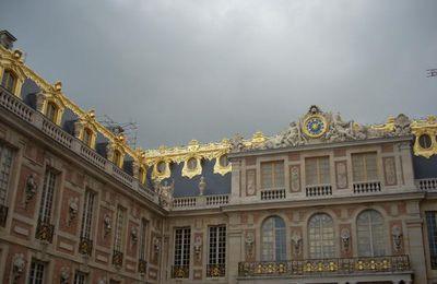 Les toitures redorées de la Cour de Marbre (2)