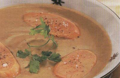 Velouté châtaignes foie gras