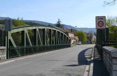 LAGRAND (Hautes-Alpes) : le pont, hier et aujourd'hui