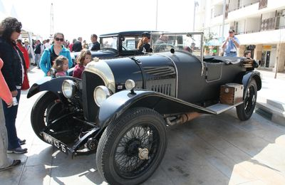 Voitures anciennes / Carros antigos / Classic cars