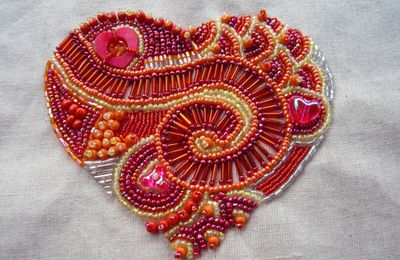 Coeur perlé fini !/ Beaded Heart done!