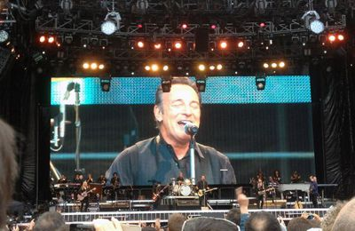 373. Bruce Springsteen & the E Street Band au Stade de France