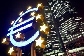 POURQUOI LA BCE DOIT-ELLE GARDER UNE TOTALE INDENPENDANCE VIS-A-VIS DES GOUVERNEMENTS NATIONAUX DE LA ZONE EURO ?