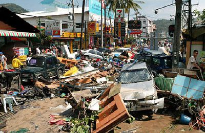 BILAN DE L'AIDE INTERNATIONALE SUITE AU TSUNAMI DE DECEMBRE 2004