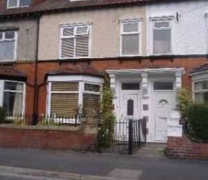 3 Double Bed and 2 bath House to Let
