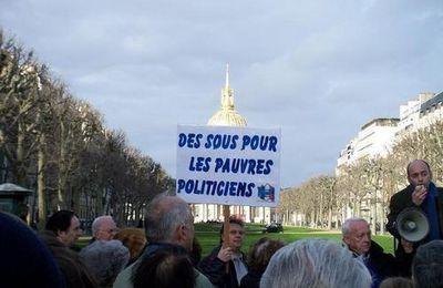 A deux pas du siège de la société civile immobilière du couple Hollande-Royal...