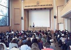 Gagner la bataille mondiale de l'intelligence: l'autonomie des universités