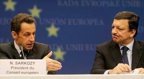 Nicolas Sarkozy soutenu, le PS incompris