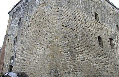 Donjon d'OSTREVANT - Bouchain